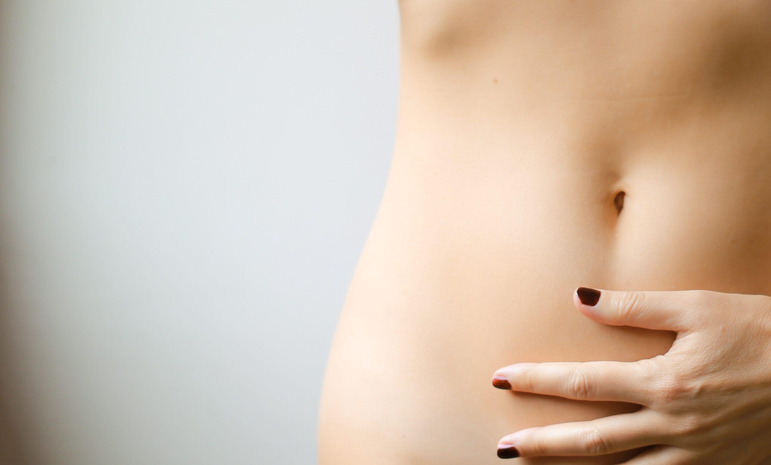 Antes de fazer qualquer cirurgia, é necessário que você entenda o máximo possível sobre o que vai acontecer com o seu corpo durante e após a operação. Com a abdominoplastia não é diferente: você precisa saber tudo antes do procedimento.